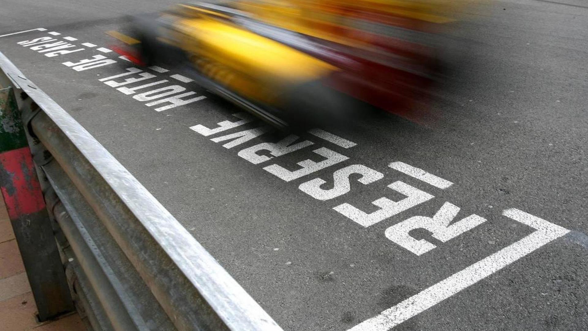 No deadline on Kubica's 2011 talks - Renault