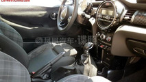 2014 MINI interior revealed almost in full in latest spy pics