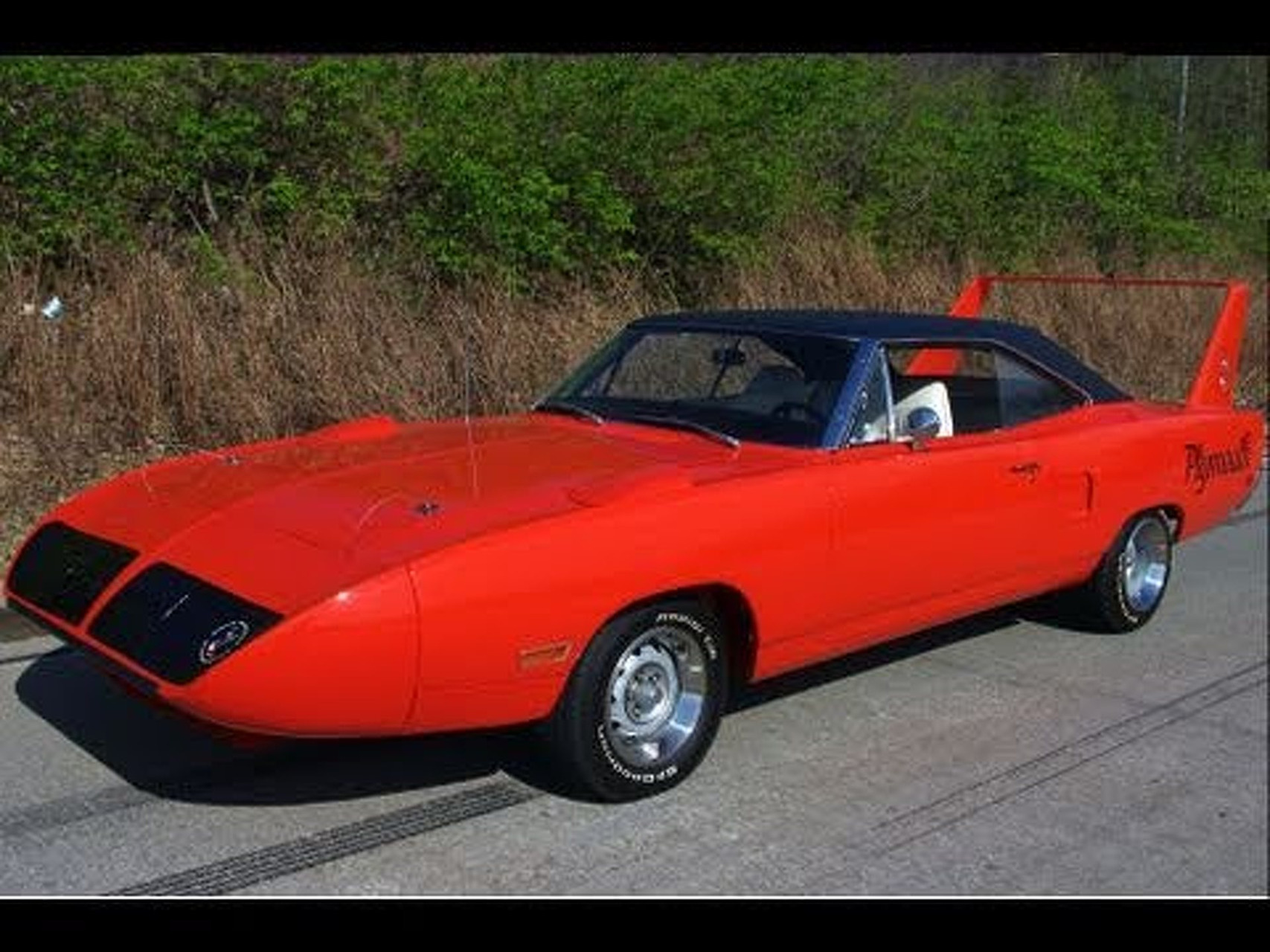 1970 Plymouth Road Runner Super Bird