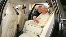 Volvo XC90 Presented to Pope Benedict XVI