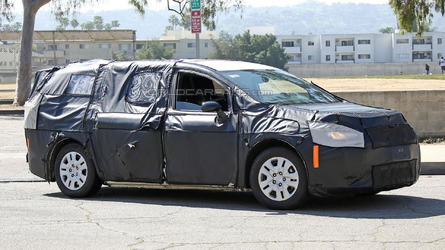 2017 Chrysler Town & Country spied for a second time