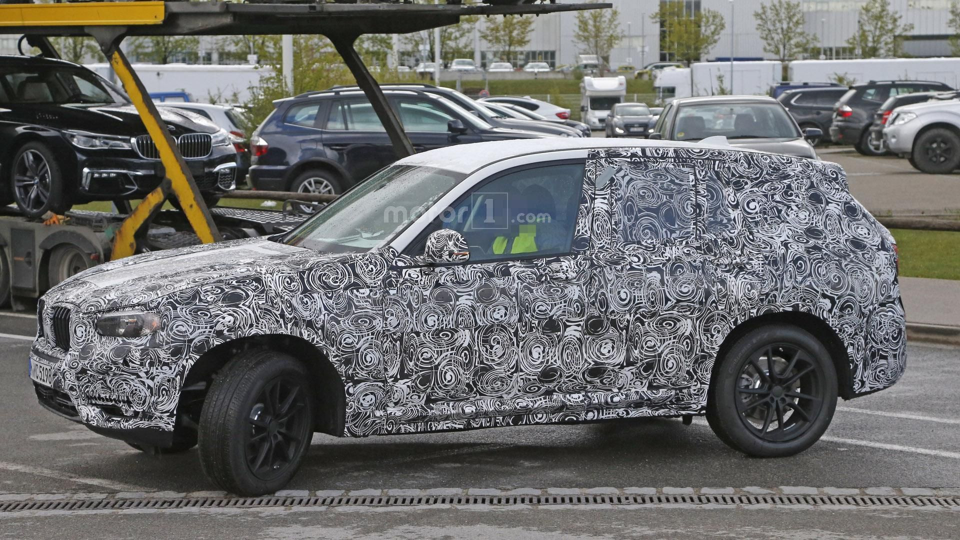 New BMW X3 interior spied for the first time