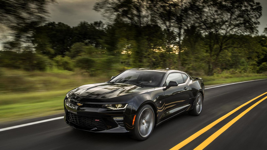 2016 Chevrolet Camaro performance detailed, SS automatic hits 60 mph in 4s