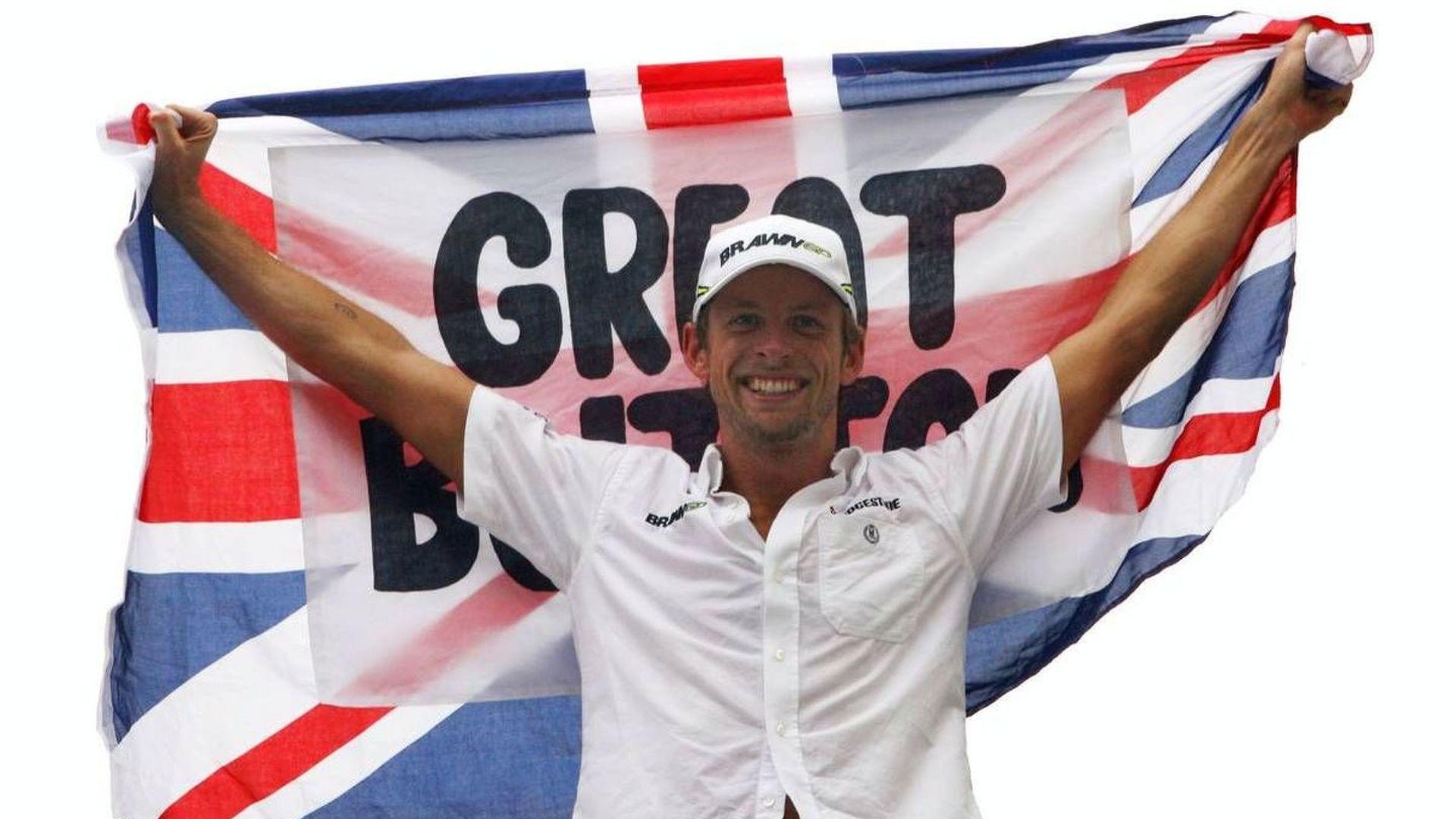 Ecclestone slams Brawn amid Button dispute