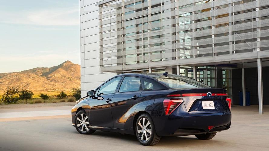 2016 Toyota Mirai starts at $57,500, interior pics released [video]