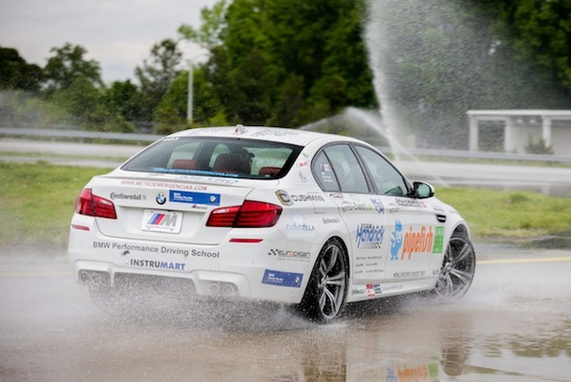 BMW Shatters Drift Record With 51 Mile Skid [w/video]