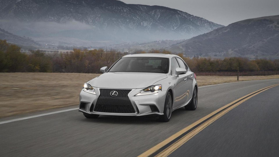 2015 Lexus IS announced with minor updates