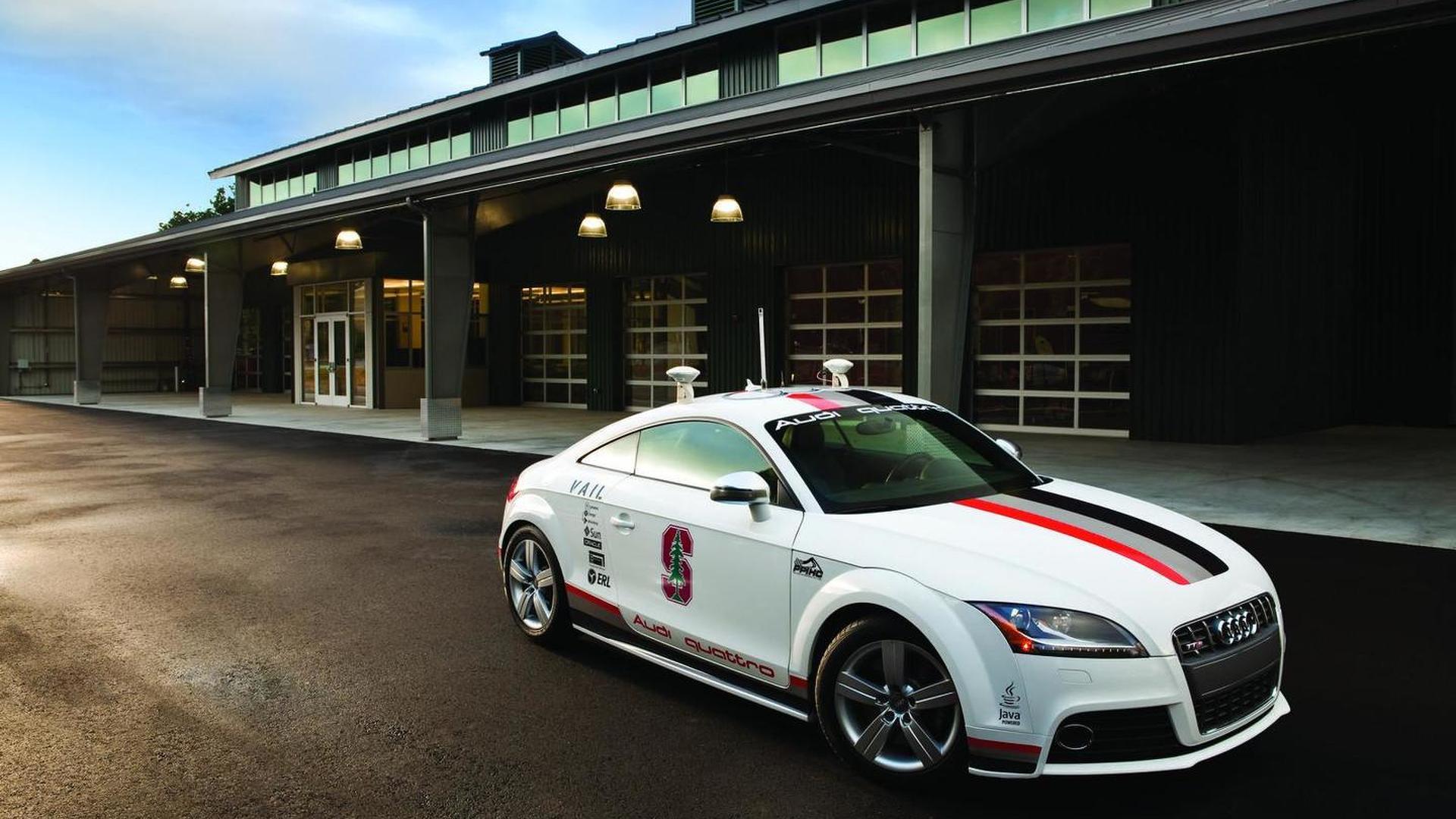 Autonomous Audi TTS ascends Pikes Peak