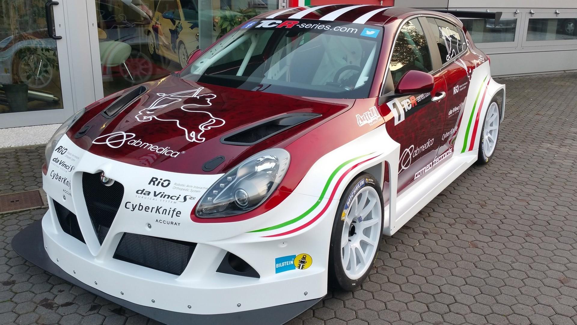 Alfa Romeo Giulietta TCR looks mean ahead of 2016 race debut