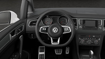 VW Golf Sportsvan R-Line detailed
