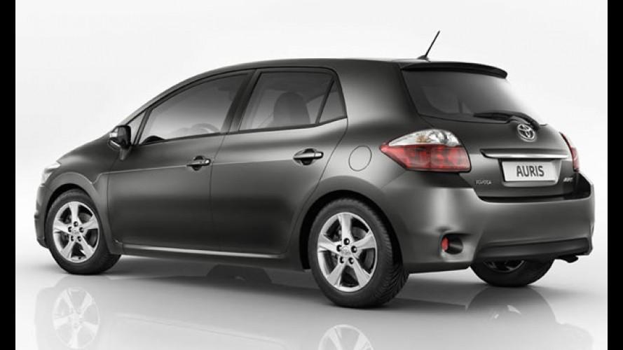 Hatch do Corolla: Revista diz que Toyota Auris tem boas chances de ser vendido no Brasil