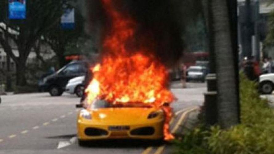 Ferrari F430 Spider bursts into flames