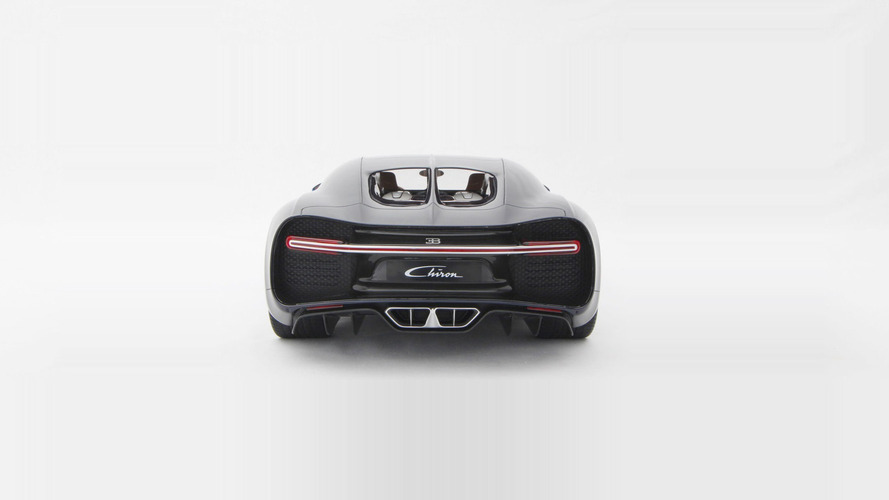 Amalgam Collection Bugatti Chiron 1:8 scale model