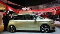 2013 Citroen Technospace concept at 2013 Geneva Motor Show