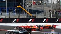 Red Bull : Verstappen/Kvyat