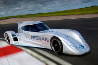 Latest Pack of Racing Engines Set to Raise MPG of Future Road Cars