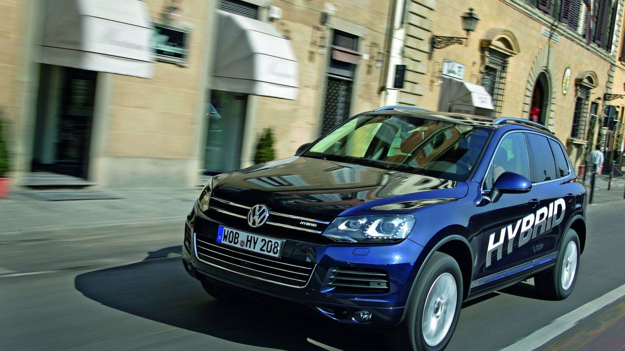 2011 Volkswagen Touareg with Exclusive Options 26.03.2010