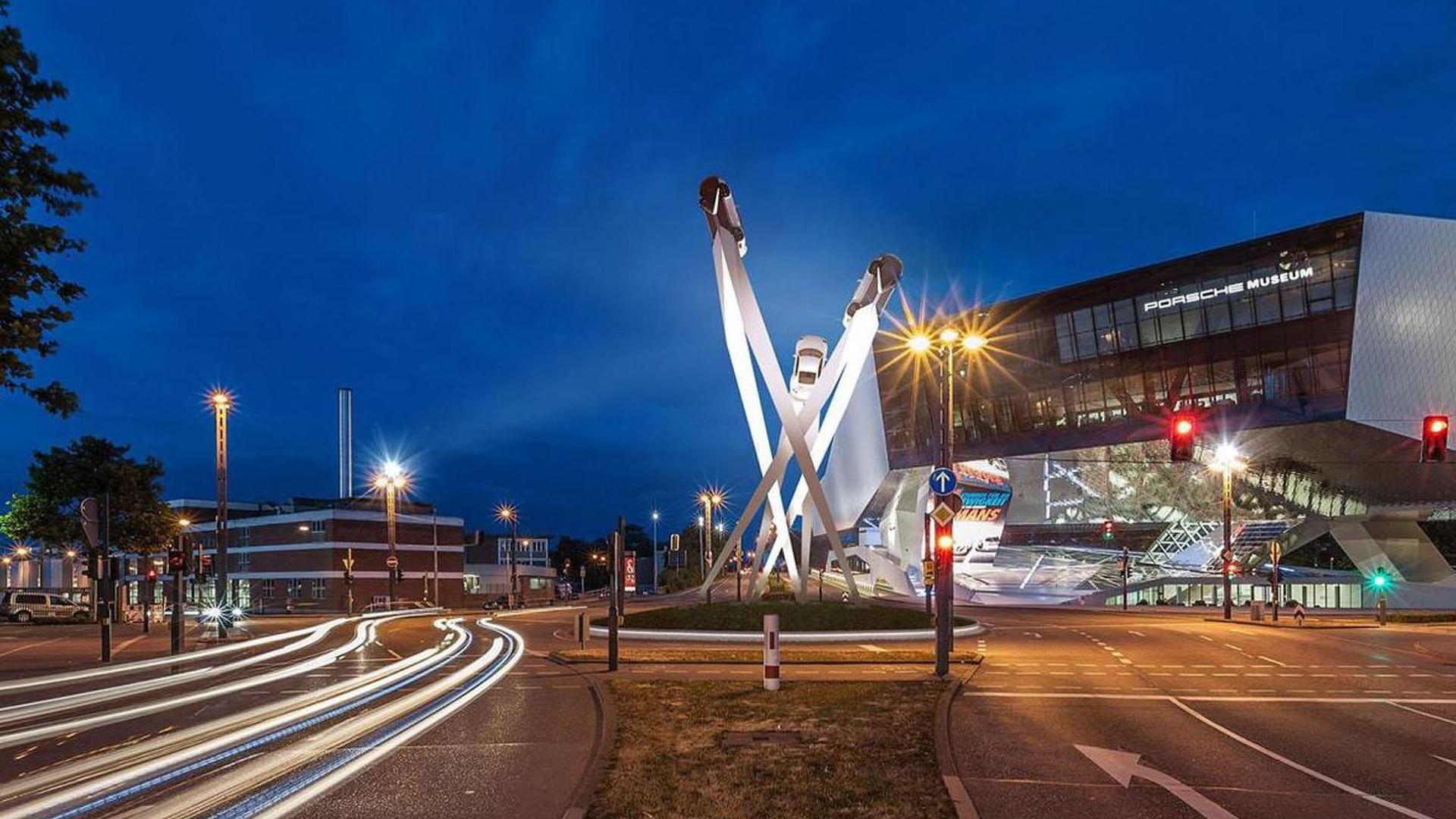 Porsche unveils their new 911 sculpture