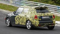 MINI Cooper five-door spied on the Nurburgring