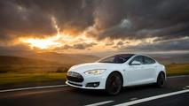 Tesla camera system automatically records crash footage, hacker finds