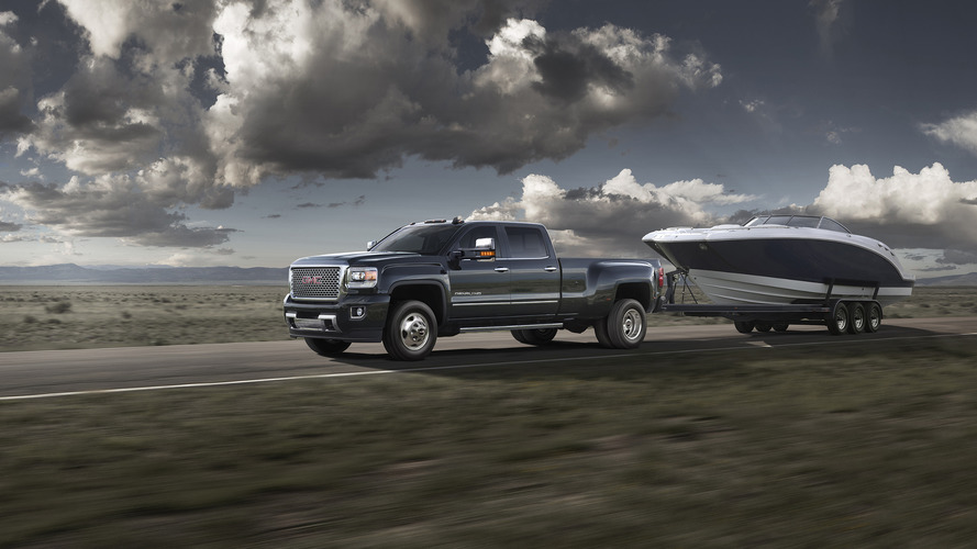 2016 GMC Sierra expands towing, trailer offerings