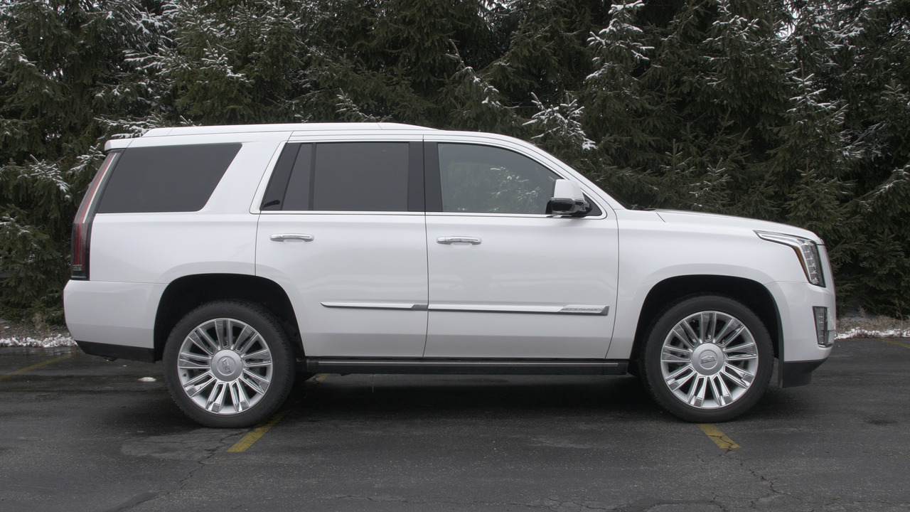 2016 cadillac escalade 4wd platinum why buy video. Cars Review. Best American Auto & Cars Review
