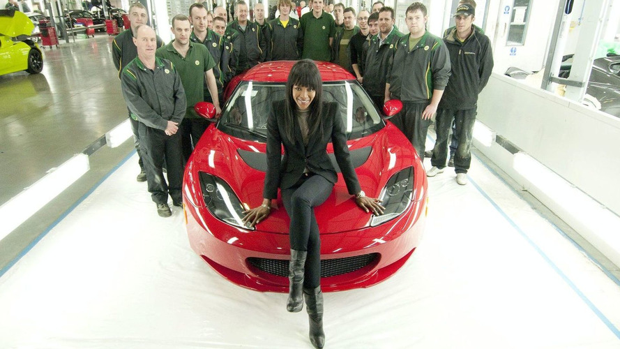 Naomi Campbell Lotus Evoras Raise 1.4million for Haiti Relief