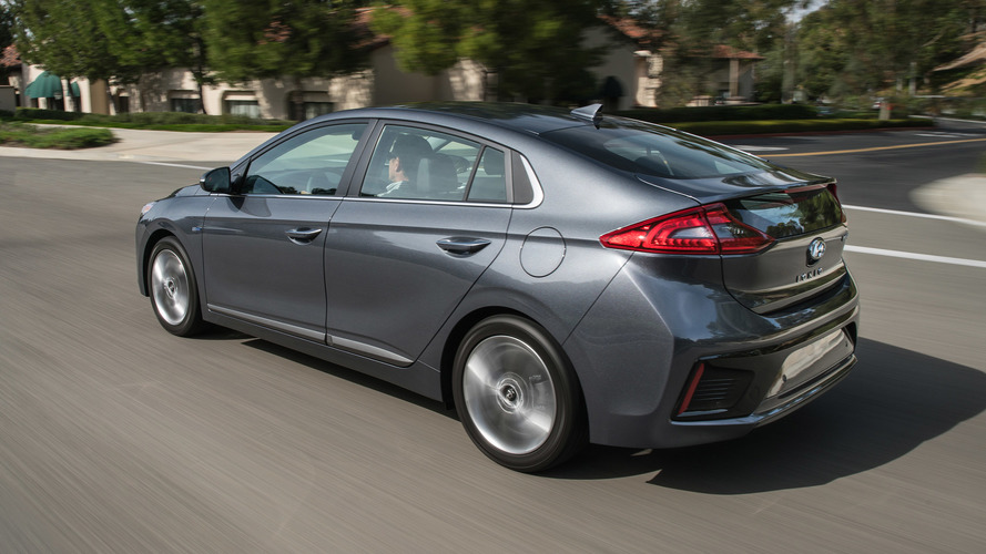 Elegant 2017 Hyundai Ioniq First Drive Gauntlet Thrown