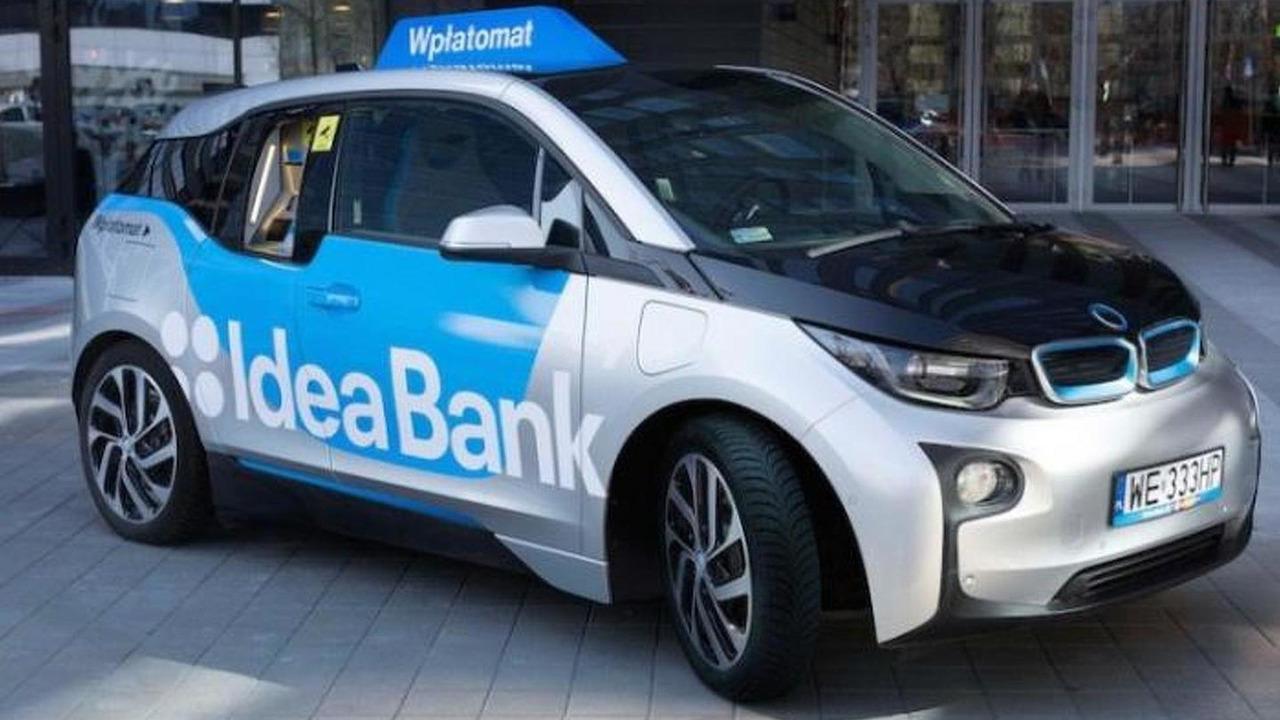 BMW i3 mobile ATM