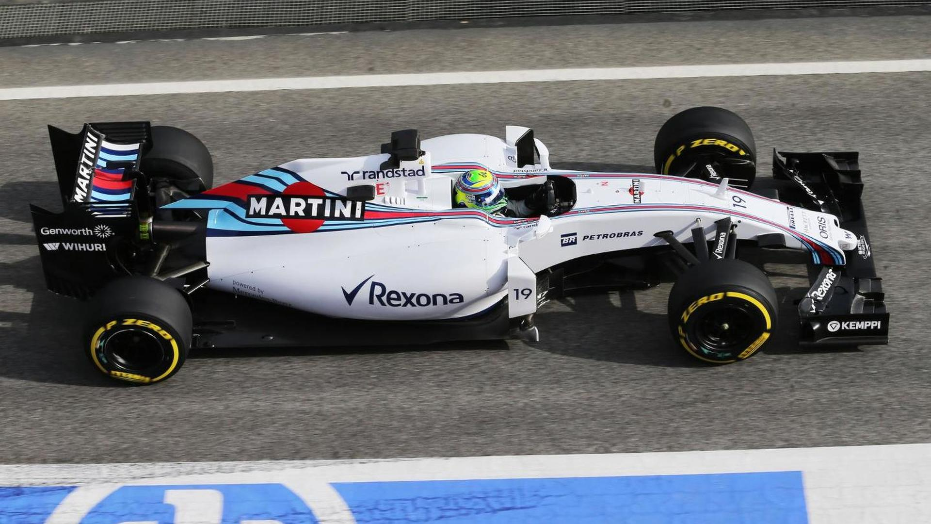 Williams expecting fight with Ferrari