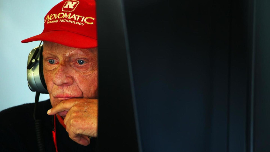 Lauda hears rumours of cars with 'extra tank'