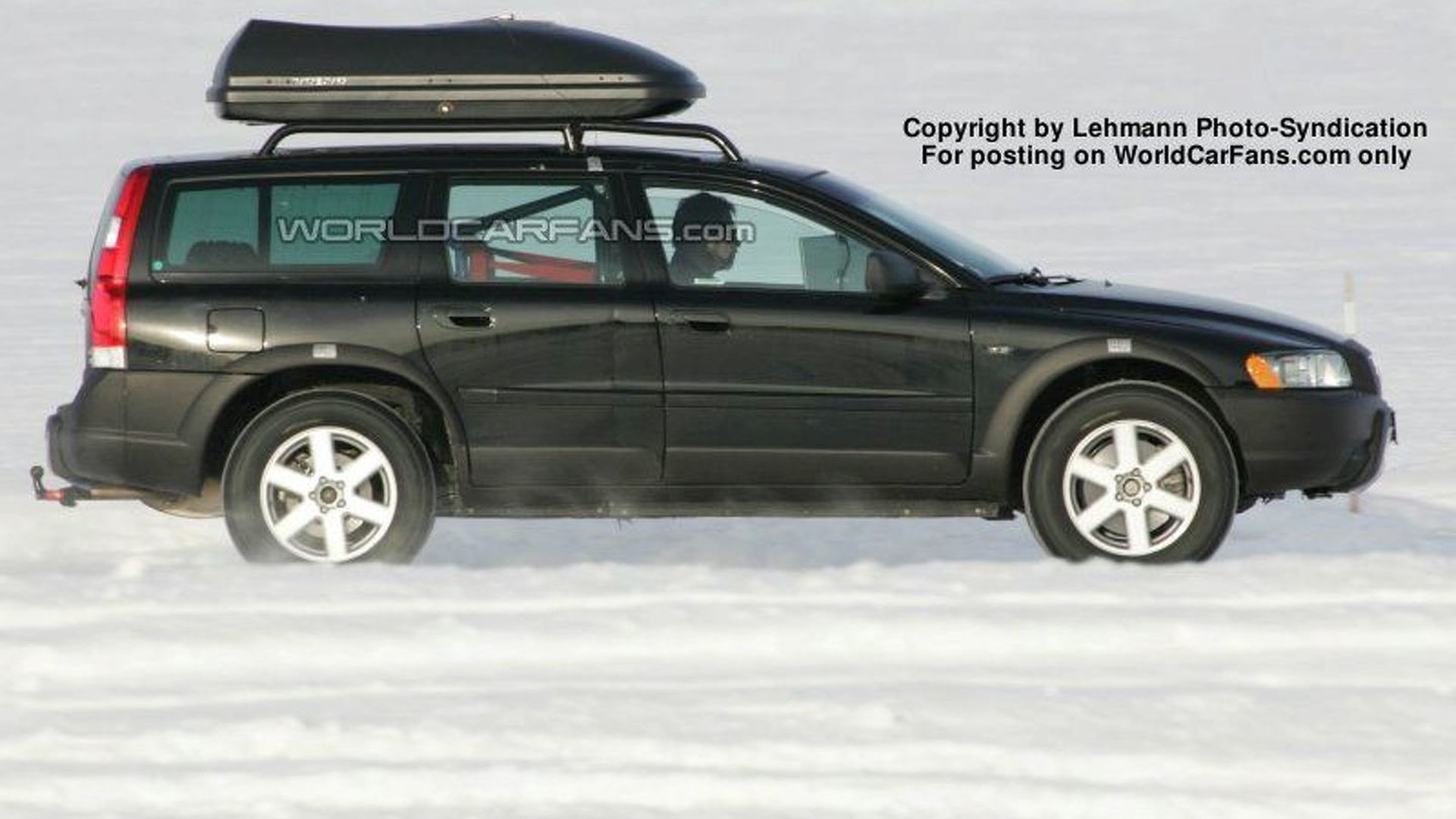 SPY PHOTOS: Volvo XC 60