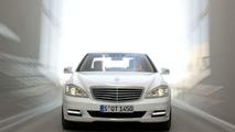 Mercedes slashes S-Class production