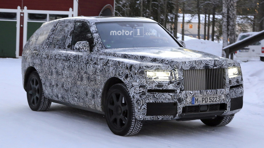 Rolls-Royce Cullinan Spied In Motion Tackling Snowy Roads