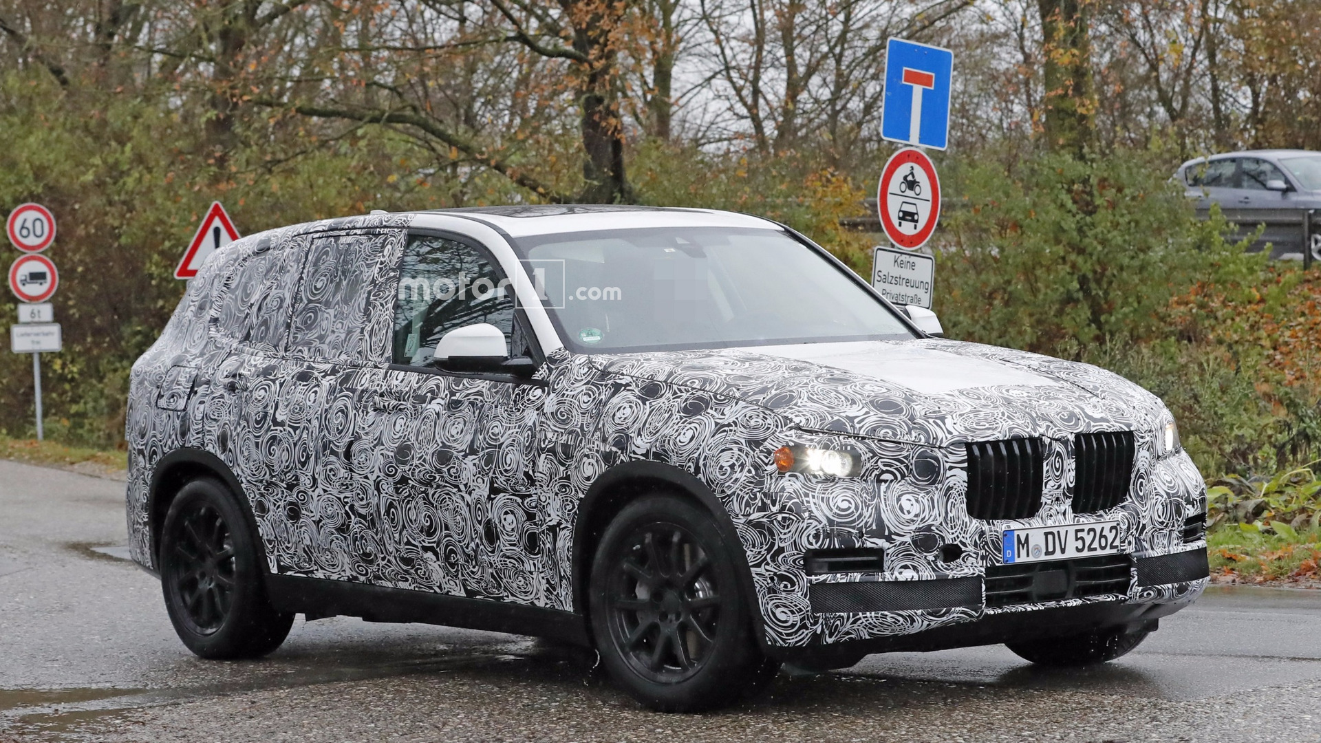 2018 bmw x5 doesn t look all new but it is. Black Bedroom Furniture Sets. Home Design Ideas