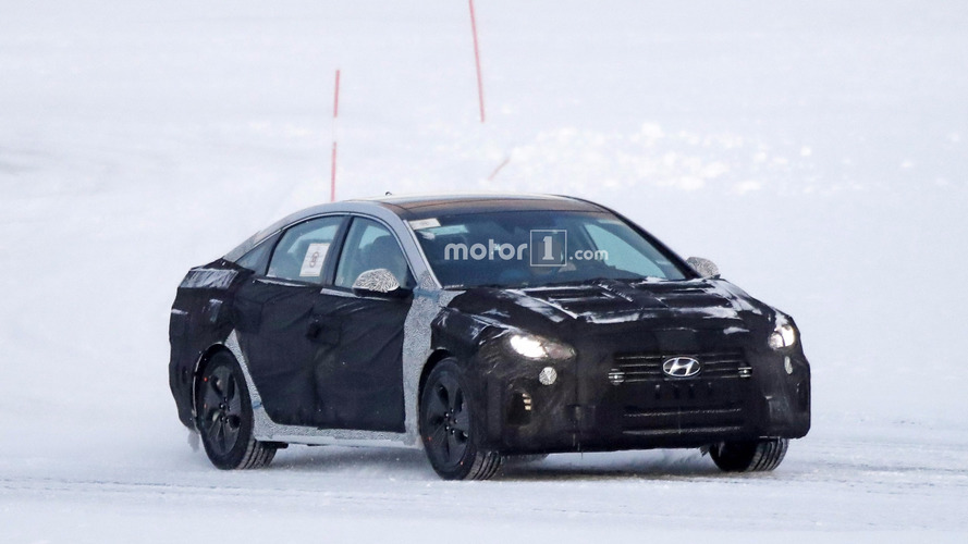 2018 Hyundai Sonata spied hiding revamped front fascia