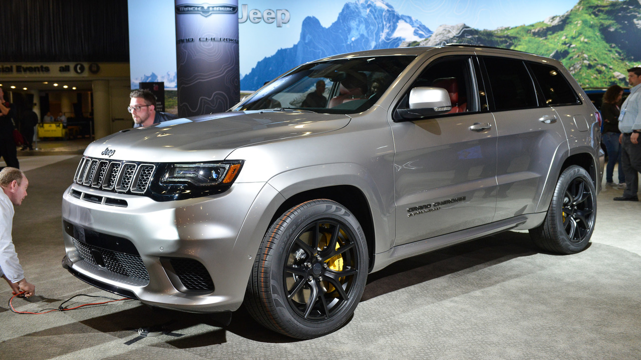 2018 jeep grand cherokee trackhawk photos. Black Bedroom Furniture Sets. Home Design Ideas