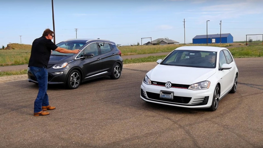 Drag yarışı: Chevrolet Bolt vs. Volkswagen Golf GTI