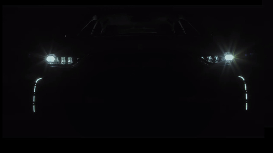 DS 7 Crossback teaser confirms name and reveals intricate LED lights