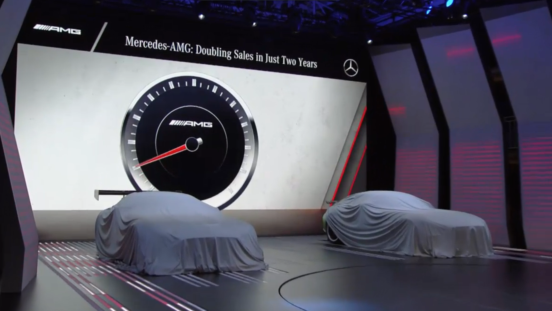 Live stream mercedes benz media night at the 2016 paris for Motors tv live stream