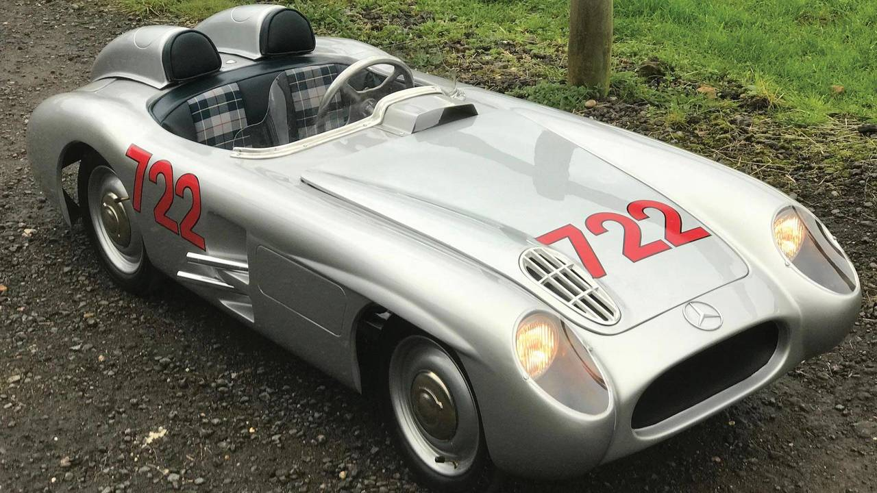Mercedes-Benz 300 SLR Children's Car