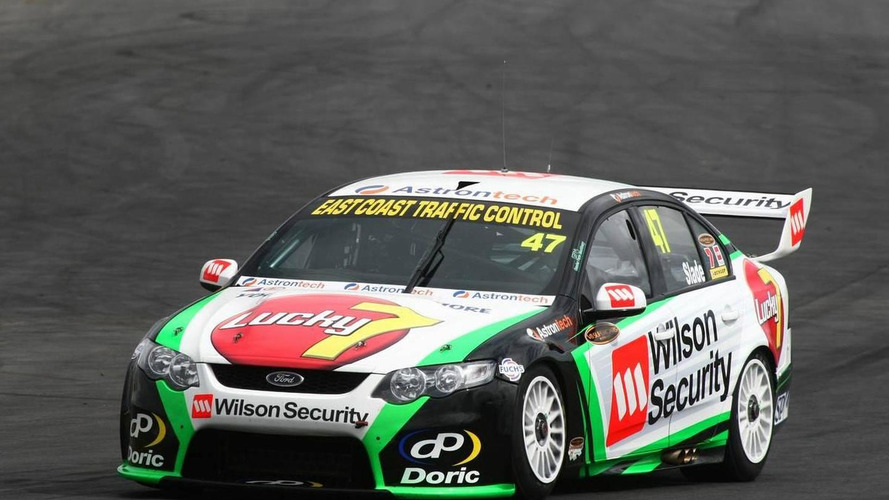 F1 wants V8 Supercars to support 2011 Singapore GP