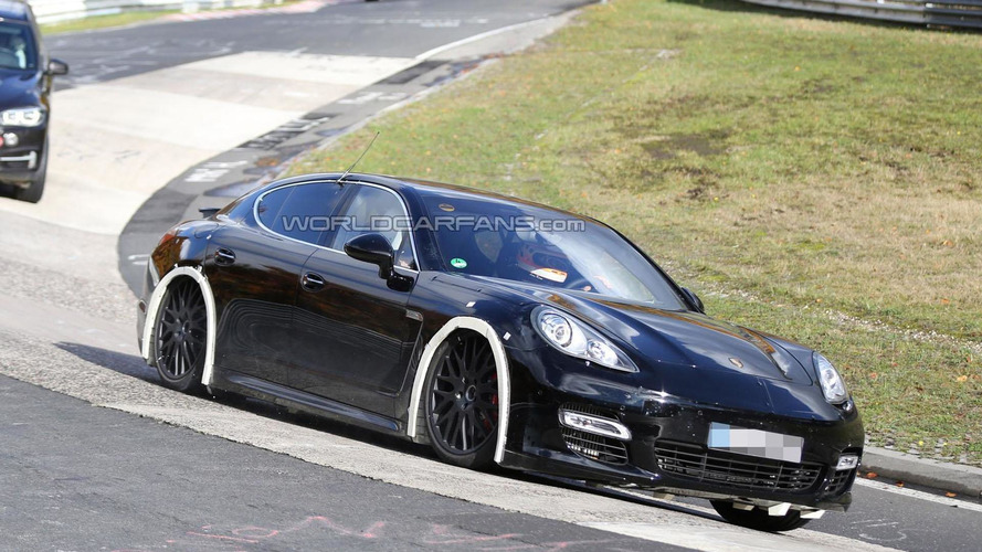 2016 Porsche Panamera mule spied for the first time