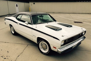 5 Classic Plymouths on eBay That Go Beyond the Barracuda