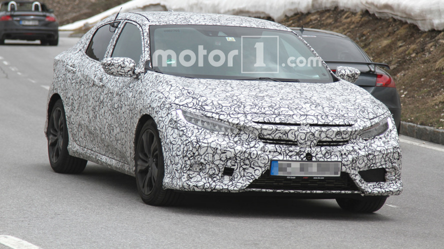 2017 Honda Civic Hatchback Spy Photos in Alps