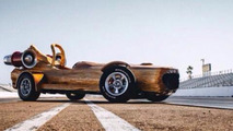 Canadian auto show circuit lands in Vancouver, highlighted by log car