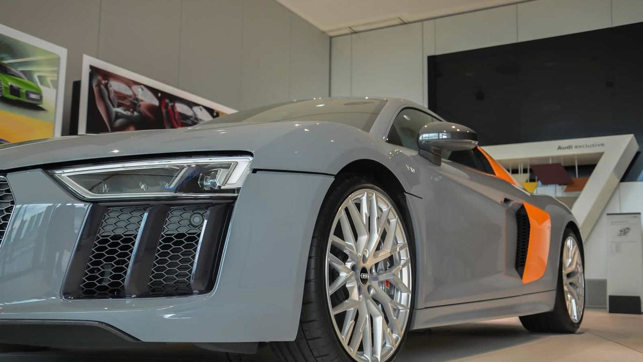 R8 V10 Plus by Audi exclusive