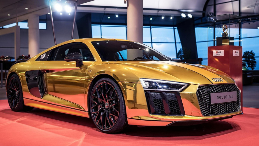 Audi R8 V10 Plus goes gold