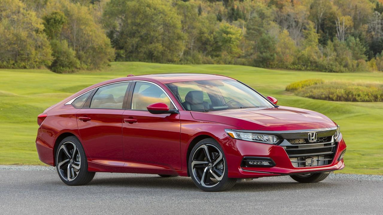 2018 honda accord first drive put down those suv keys for 2018 honda accord manual