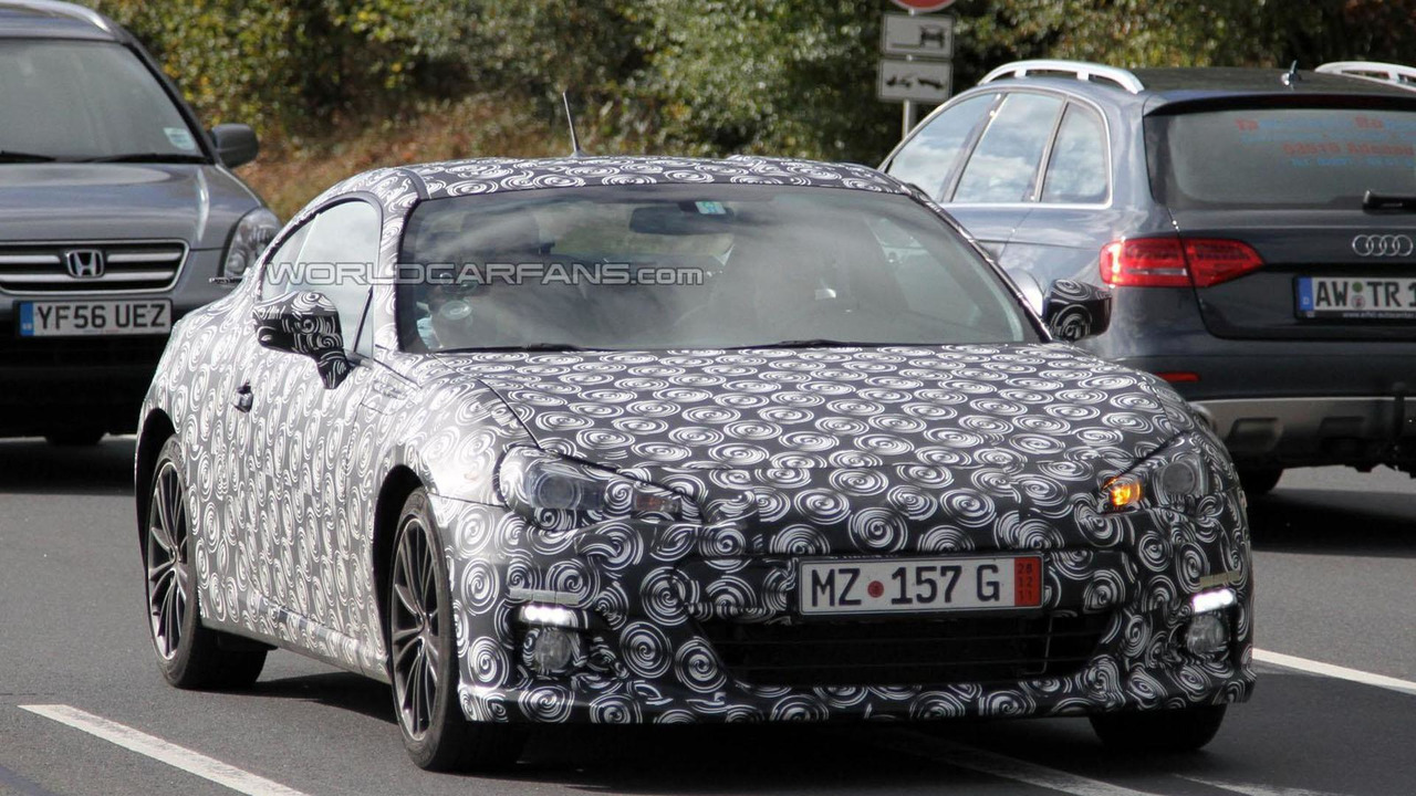Subaru BRZ spy photo - 10.10.2011